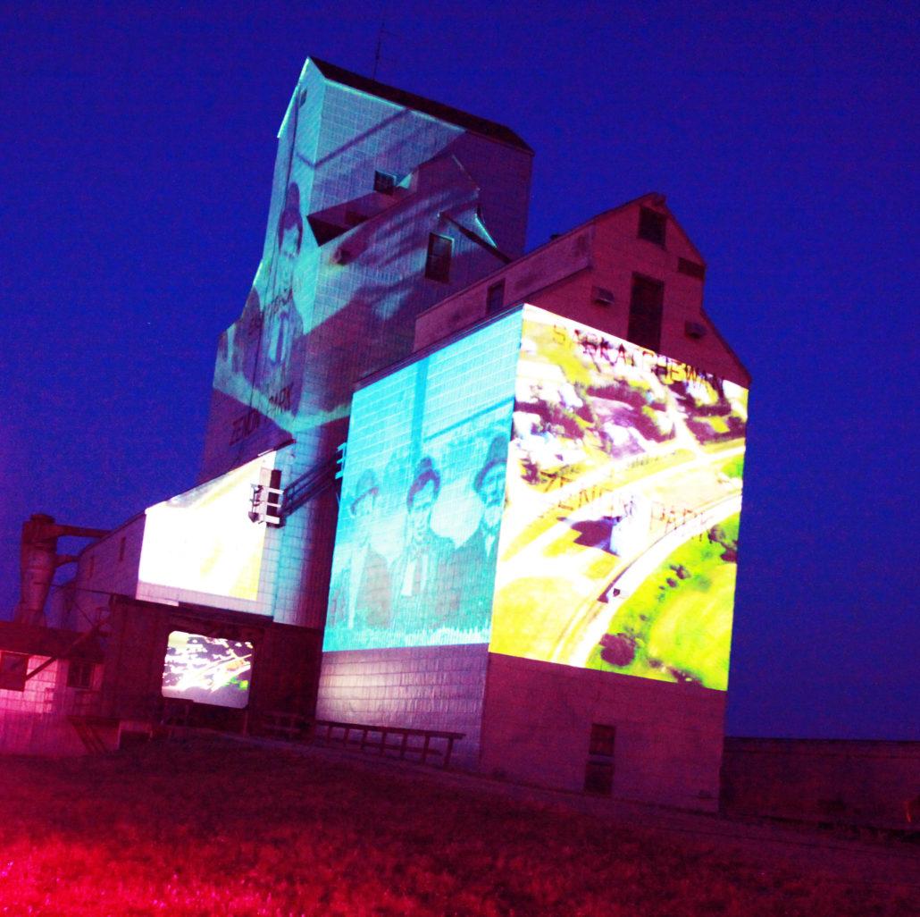 Centennial performance Silo à souvenirs - Silo of memories